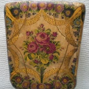 Other - Vtg victorian gold roses floral waste paper basket